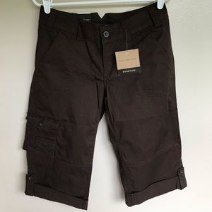 NWT Calvin Klein Jeans Stretch Brown Cropped